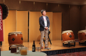 Mr. Yasumi of Fulbright Japan gives a welcome speech
