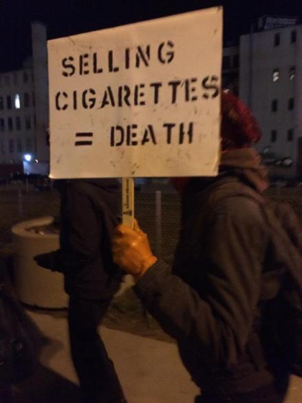 Selling cigarettes = death