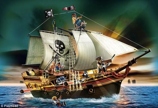 Playmobil Pirate Ship.png