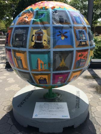 Globes 4
