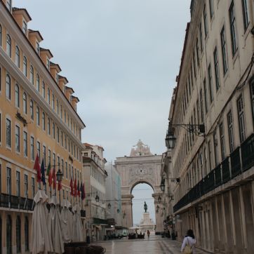 Quiet morning in Lisbon