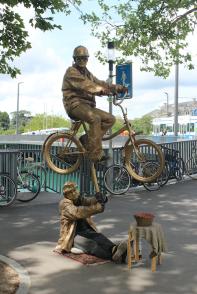 Street performers in Zurich