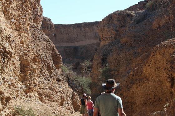 Hiking into Sesriem